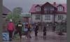 Pomoc mieszkańcom Czuszowa podczas powodzi; 2010 rok